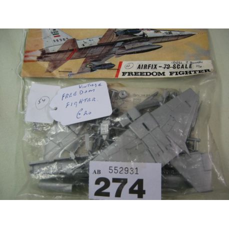 Vintage Airifx - 72 scale Freedom fighter