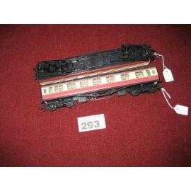 2 Hornby 00 Gauge Rail BR Red+Cream